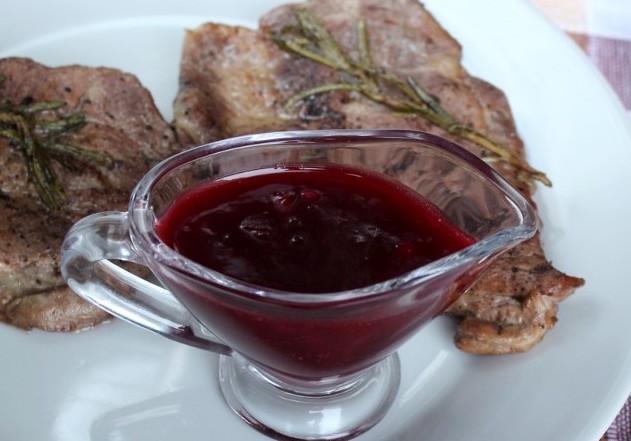 Соус из черной смородины к мясу рецепт