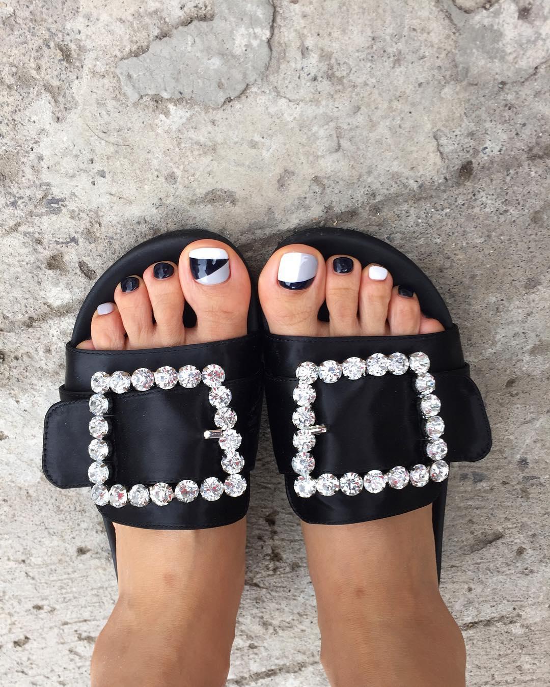 Ногти на лето на ногах 2017-2018 новинки