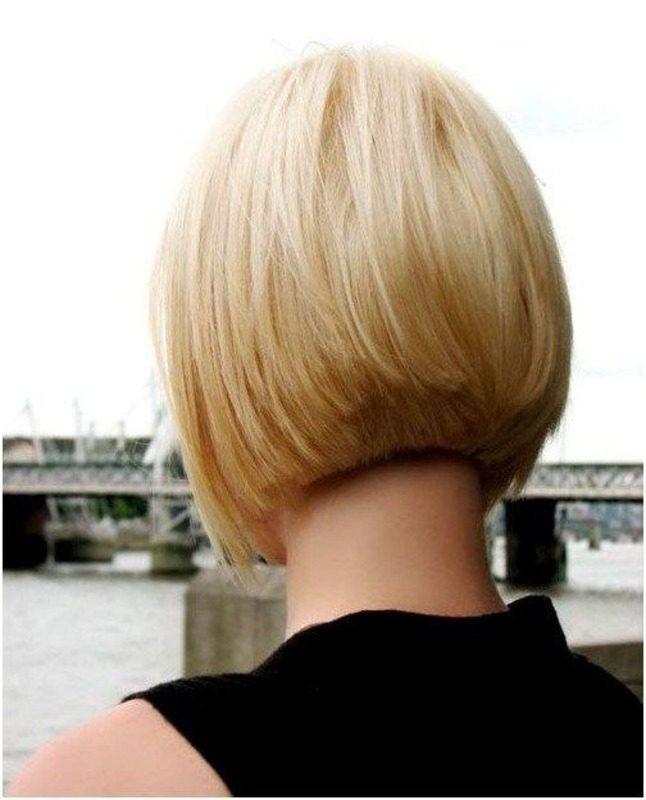 Девушки фото волосы короткие со спины