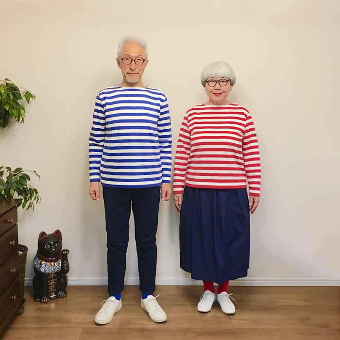 Эта пара уже 38 лет вместе, и каждый день они выходят на улицу в одинаковой одежде